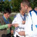 28 Il Capitano consegna la spilletta NIS a Christoph Thaler